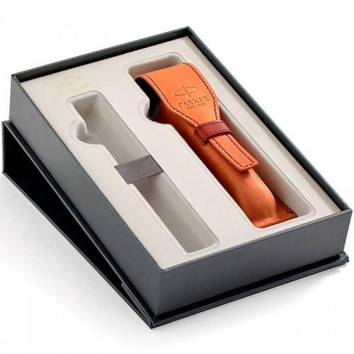Набор с чехлом Parker из натуральной кожи и местом для ручки в Казани